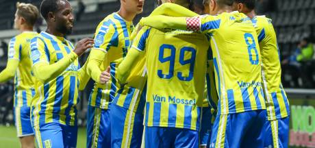 Bakari bezorgt RKC Waalwijk de eerste zege van het seizoen in Almelo