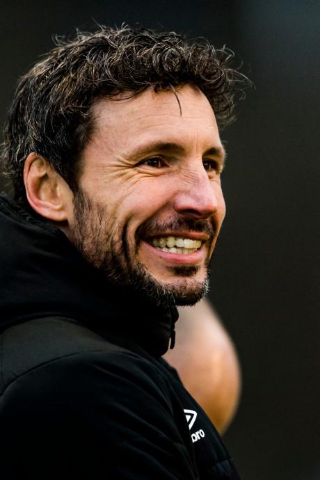 Van Bommel kan bij eliminatie Australië direct aan slag bij PSV