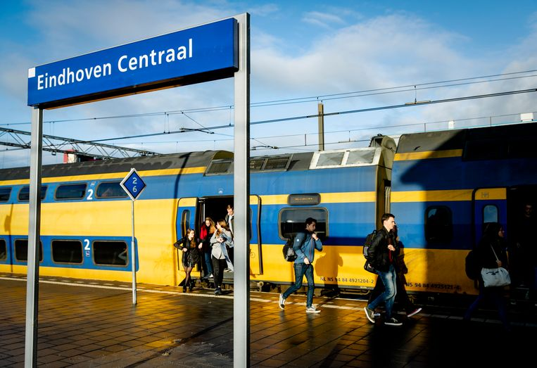 Station Eindhoven Centraal moet het nieuwe internationale treinknooppunt worden, maakte ProRail deze week bekend.  Beeld ANP, Sem van der Wal
