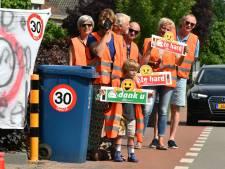 D66 en SGP: 'Schalkwijk bezorgd over veiligheid fietspad langs het spoor'