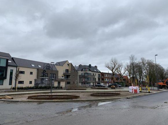Het kruispunt met de Oplintersesteenweg wordt half april opengesteld voor het verkeer.