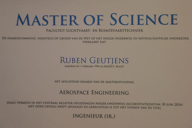 Het prestigieuze diploma aan de universiteit van Delft.