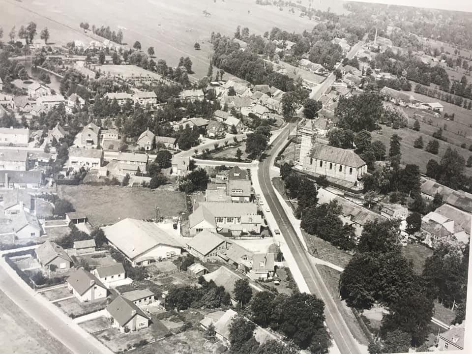 Staphorst vanuit de lucht in de vorige eeuw.