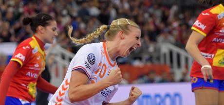 Handbalsters schrijven geschiedenis met WK-goud na zinderende thriller