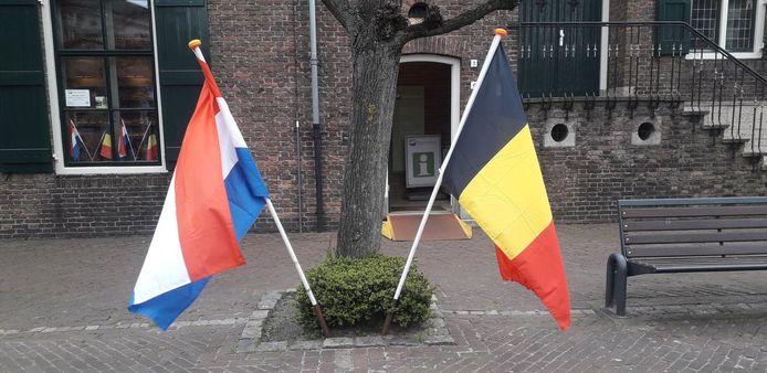 De gemeente Baarle heeft zowel een Nederlandse als een Belgische deelgemeente.