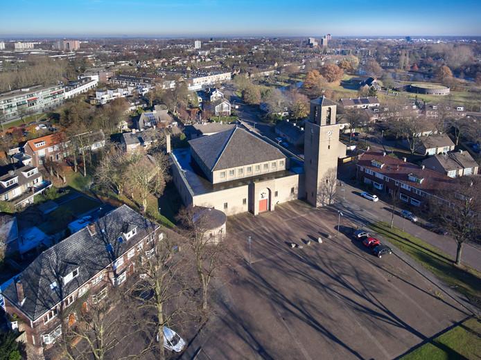 San Salvatorkerk aan het Schaarhuisplein in de wijk Orthen in Den Bosch Fotograaf: Van Assendelft