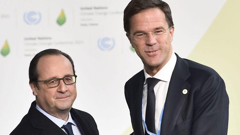 President François Hollande (L) ontvangt premier Rutte. Beeld epa