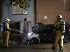 Auto gaat in vlammen op in IJsselstein