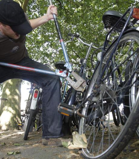 Notoire Deventer fietsendief betrapt in Lochem