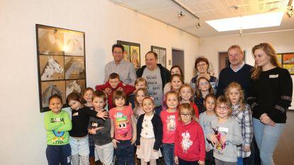 Leerlingen Academie richting Beeld stellen tentoon
