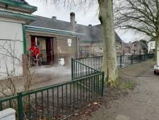 Directeur schrikt zich rot als ze na een afspraak terugkeert op haar wederom door brand getroffen school in Apeldoorn
