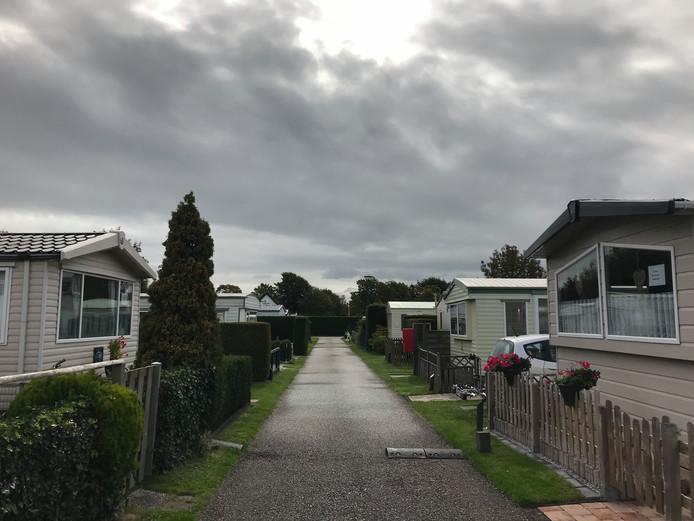 De eigenaar wil van camping Duinrand in Burgh-Haamstede een luxe vakantiepark maken.