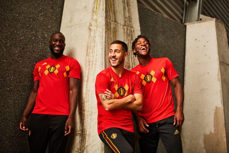 Romelu Lukaku, Eden Hazard en Mitchy Batshuayi in het nieuwe shirt.