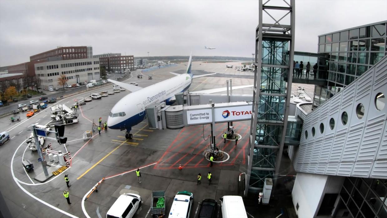 Aankomst Boeing ecoDemonstrator in Frankfurt. Beeld Boeing