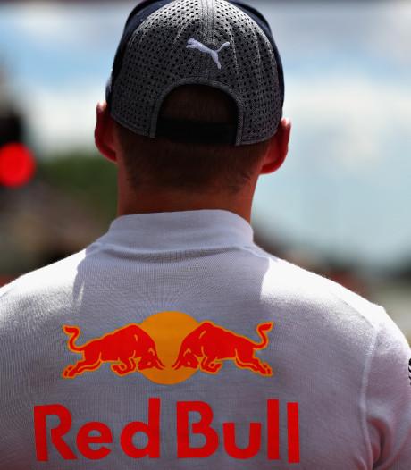 Verstappen en Dennis testen voor Red Bull in Barcelona