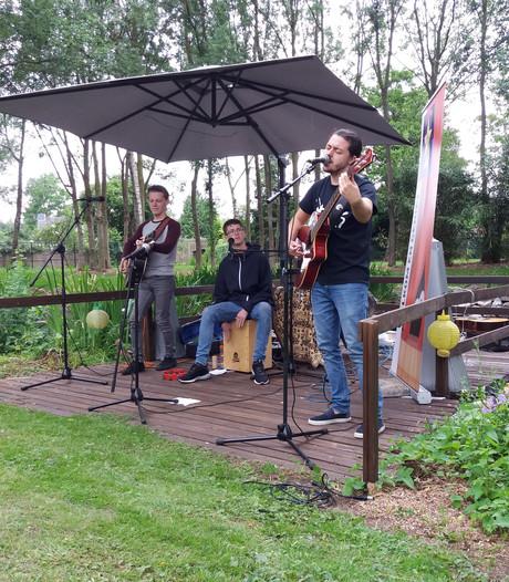 Huiskamerfestival Live in Liempde succes met 200 bezoekers