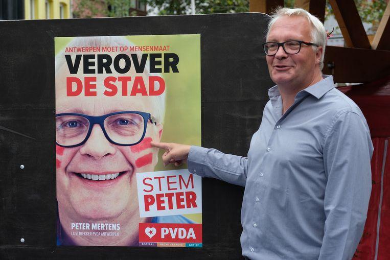 Voorzitter Peter Mertens.