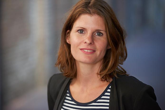 Pedagoog Jolanda van Gerwe probeert met de stichting Join us iets te doen aan de eenzaamheid onder jongeren.