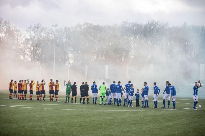 Meteen een derby: TVC'28 - Stevo.