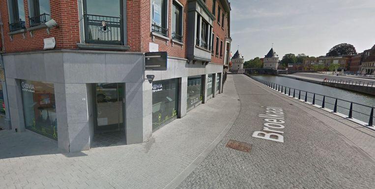 De Broelkaai is op vrijdag 26 april dicht, tussen de Budastraat en Kapucijnenstraat.
