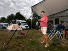 Code oranje maar Helvoirtse familie Van Hal geniet vooral van de regen op camping in Schijndel
