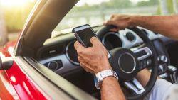 Steekproef bewijst gevaar van gsm achter het stuur