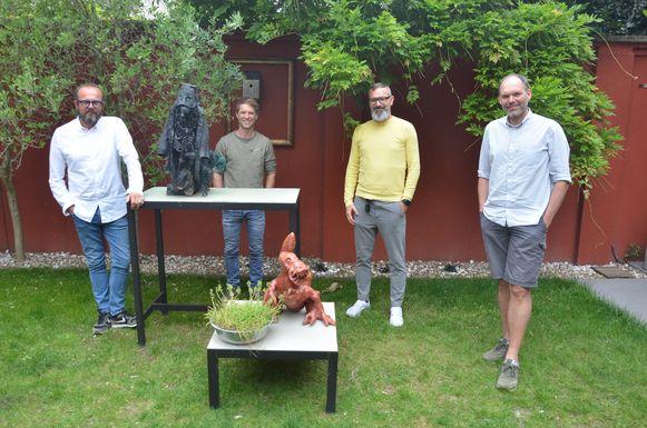 Bart Van Avermaet, Bram Bundervoet, Bart Vanden Driessche en Jef Oelbrandt haalden met hun kunstveiling meer dan 8.260 euro op voor het goede doel.