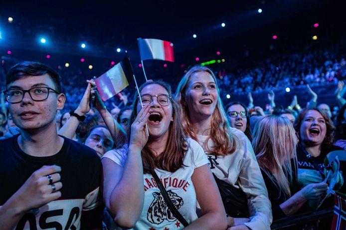 Meezingen hoort erbij, zoals bij het Grote Songfestivalfeest verleden jaar in Amsterdam. Maar het brengt ook risico's met zich mee.