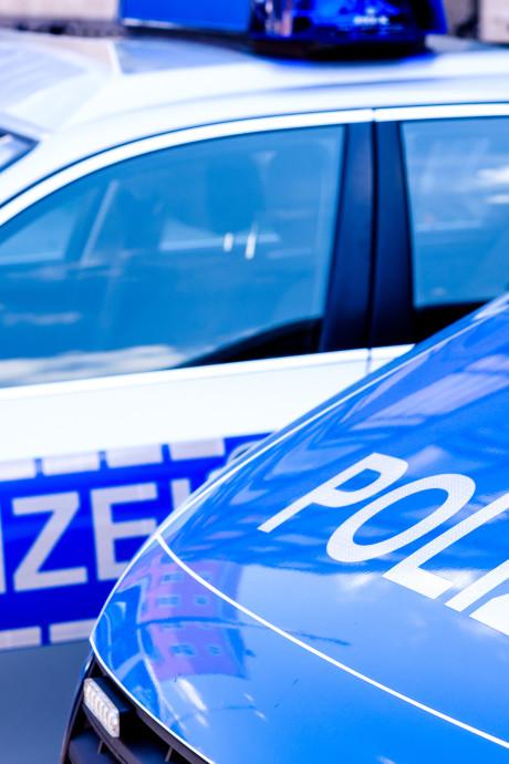 Politie bekogeld met stenen in Frankfurt