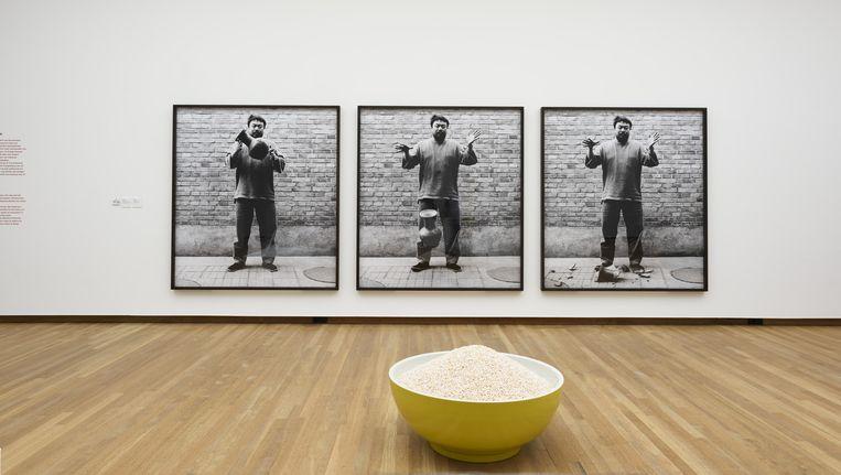Zaaloverzicht van Ai Weiwei in het Bonnefantenmuseum. Beeld Peter Cox