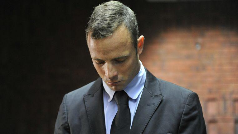 Oscar Pistorius verschijnt in de rechtszaal in Pretoria. Beeld getty