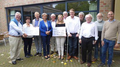 Schotse Dagen-team geeft 8.500 euro aan goede doelen