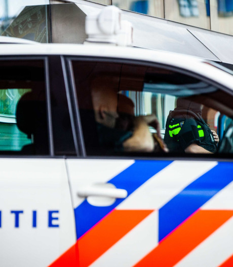 Scooterrijder laat bejaarde fietser met hoofdwond achter na aanrijding in Vaassen