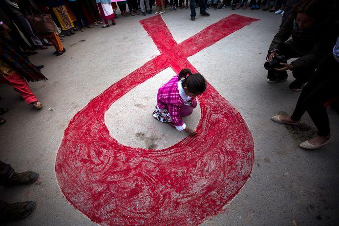 Het rode lintje op 'World AIDS day' in Kathmandu, Nepal.