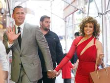 J.Lo feliciteert A-Rod: Je brengt mijn hart op hol