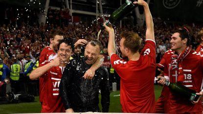 VIDEO: Scandinavische feestvreugde slaat alweer toe en dat heeft Deense presentator aan den lijve ondervonden