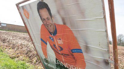 'Flandrien' Robrecht Bothuyne (CD&V) pakt iedereen in snelheid nog voor discussie over verkiezingsborden kan starten