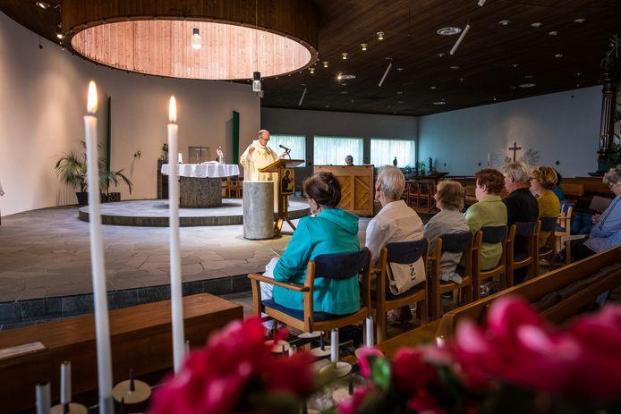 Eerder dit jaar nodigde de Catharinakerk ook alle mensen buiten de eigen parochie uit voor de midweekmis op woensdagochtend.
