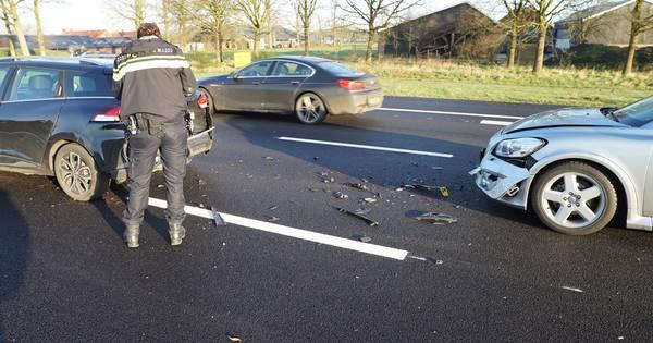 Vertraging neemt af op A1 door aanrijding bij Rijssen.