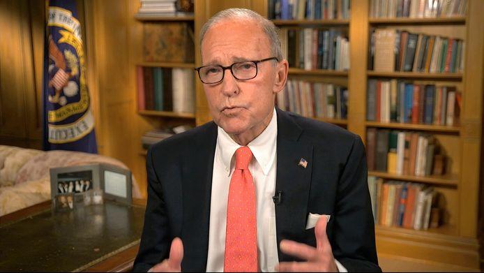Trumps economisch adviseur Larry Kudlow sprak alleen in de verleden tijd over het coronavirus.
