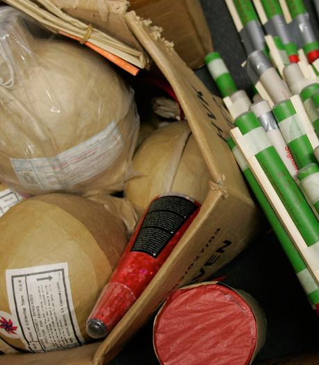 Ruim 600 kilo vuurwerk in beslag genomen in vier plaatsen
