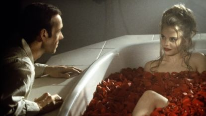 Actrice uit 'American Beauty' hoopt dat de Spacey-affaire de 20ste verjaardag van de film niet overschaduwt