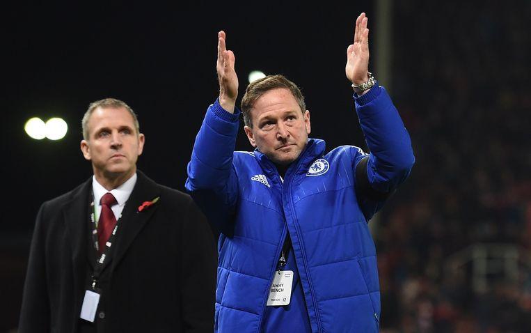 Assistent Steve Holland verving Mourinho op de bank bij Chelsea. Beeld afp
