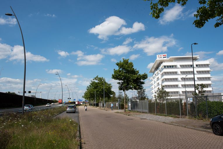 Het kantoor van VDL bij Eindhoven. Beeld Sabine van Wechem