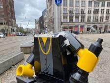 Legobeeld van Hazes op de Dam weggehaald na vernieling