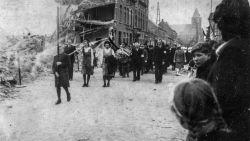 """75 jaar geleden zaaide V1-bom dood en vernieling in Kieldrecht: """"Iedereen had schrik voor die vliegende bommen"""""""