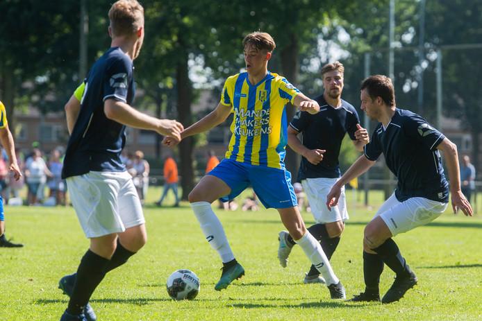 RKC won met 3-0 van de Waalwijkse selectie.