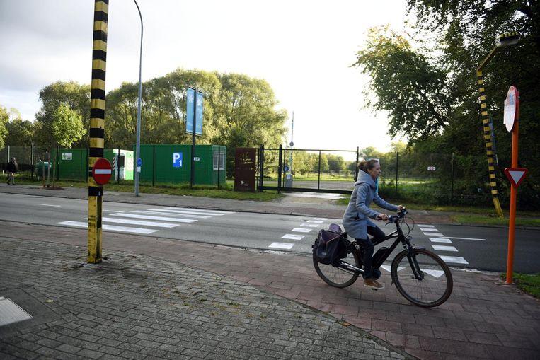 De provincie Vlaams-Brabant zal een fietspad inrichten tussen de Domeinstraat en de Eenmeilaan.