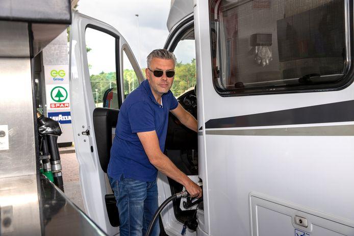 Melvin Brouwer uit Huizen gaat met zijn gezin richting Venetië met de camper.