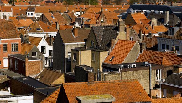 Alleenwoners zitten vaak met vragen en problemen rond onder meer fiscaliteit en huisvesting.